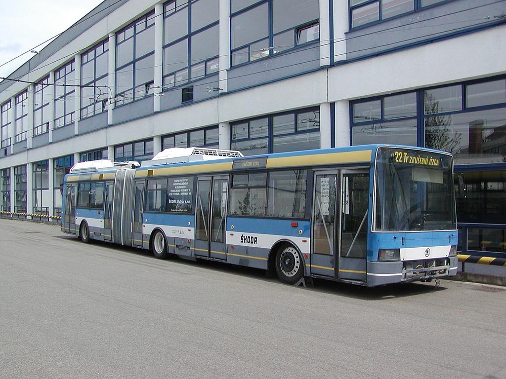 Fotogalerie » Škoda 22TrG -   Brno   Komín   vozovna Komín