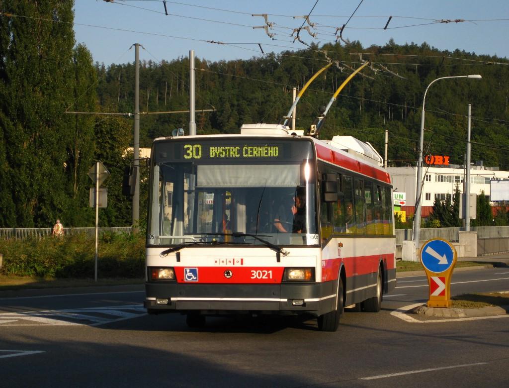 Fotogalerie » Škoda 21Tr 3021 | Brno | Bystrc | Obvodová