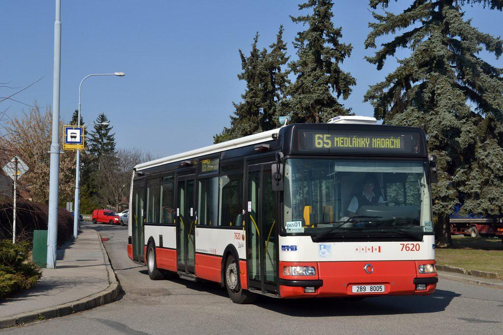 Fotogalerie » Irisbus Citybus 12M 2071.40 2B9 8005 7620 | Brno | Řečkovice | Gromešova | Řečkovice, nádraží