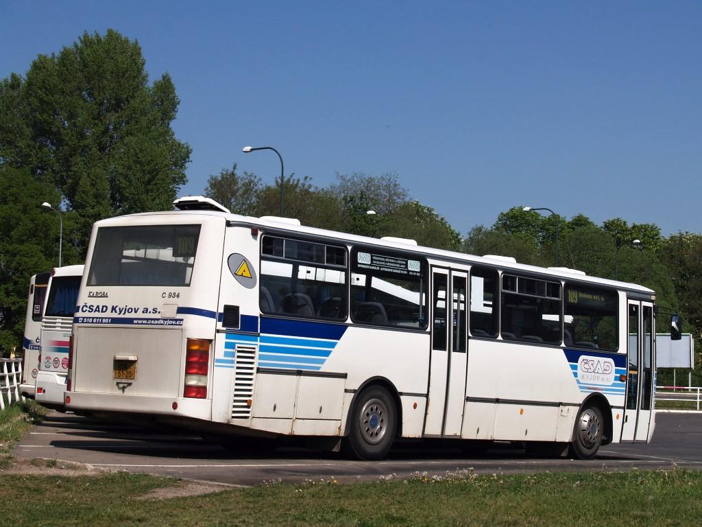 Fotogalerie » Karosa C934.1351 HOA 51-20 | Hodonín | Cukrovar | Obchodní | odstavná plocha u nádraží