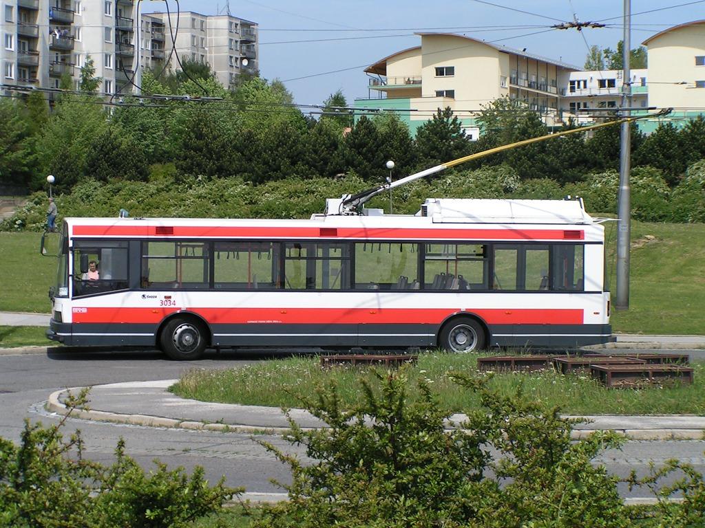 Fotogalerie » Škoda 21Tr 3034   Brno   Starý Lískovec   Osová