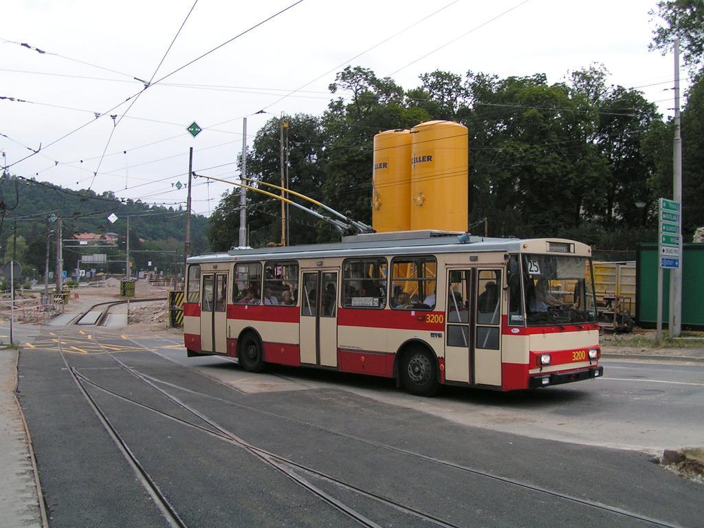 Fotogalerie » Škoda 14Tr07 3200 | Brno | Pisárky | Hlinky