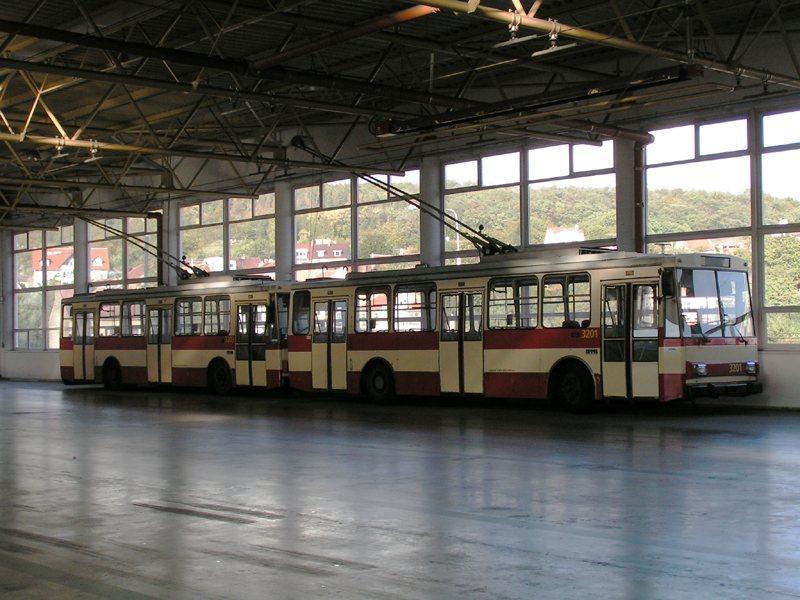Fotogalerie » Škoda 14Tr07 3203 | Škoda 14Tr07 3201 | Brno | Komín | vozovna Komín