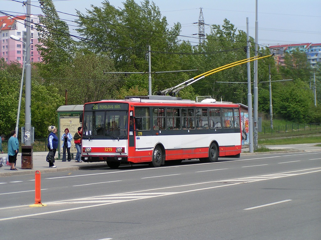 Fotogalerie » Škoda 14TrR 3219 | Brno | Líšeň | Novolíšeňská | Novolíšeňská