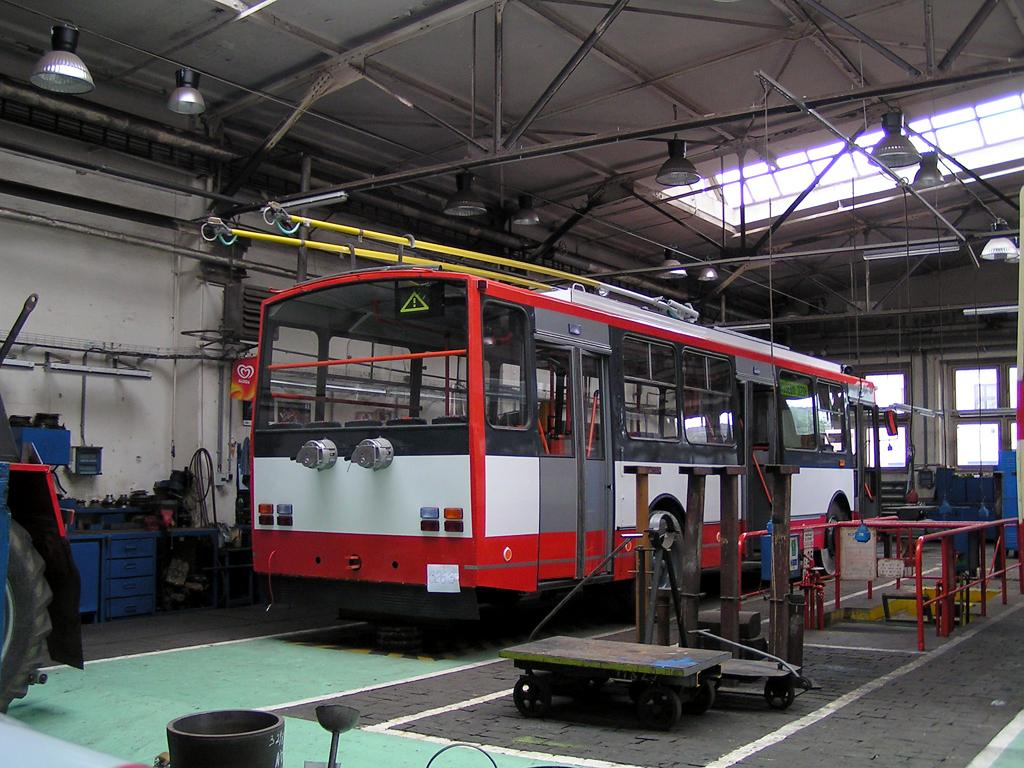 Fotogalerie » Škoda 14TrR 3263 | Brno | Vozovna Husovice