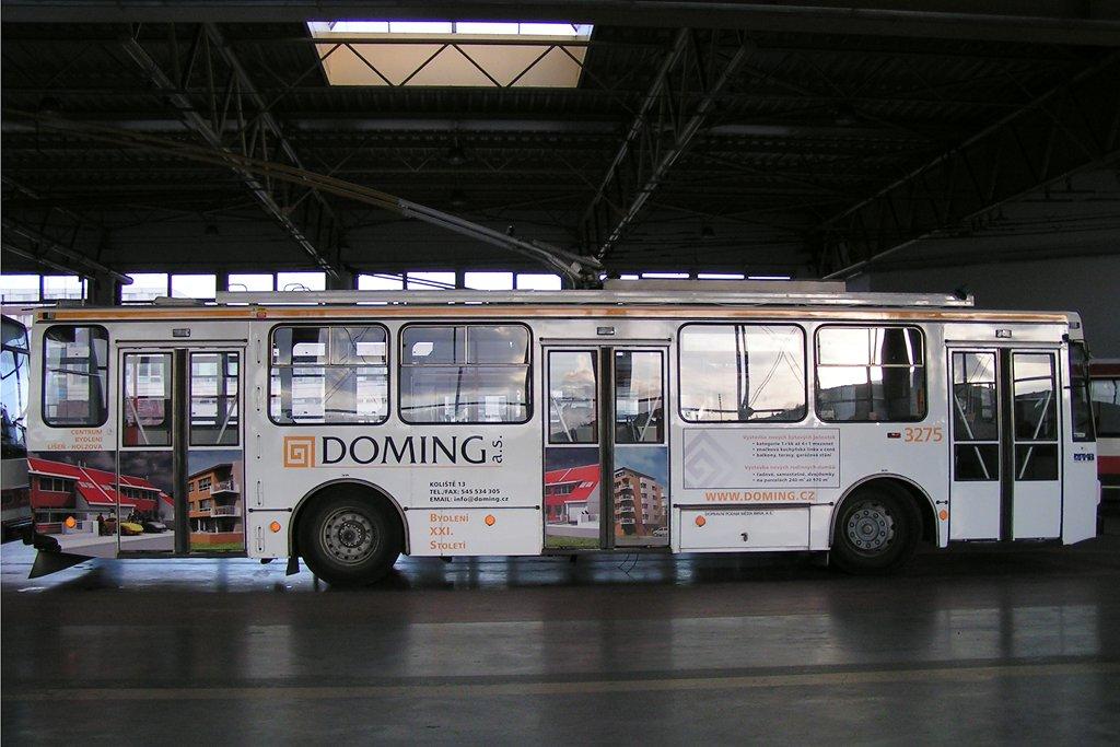 Fotogalerie » Škoda 14Tr17/6M 3275 | Brno | Komín | vozovna Komín