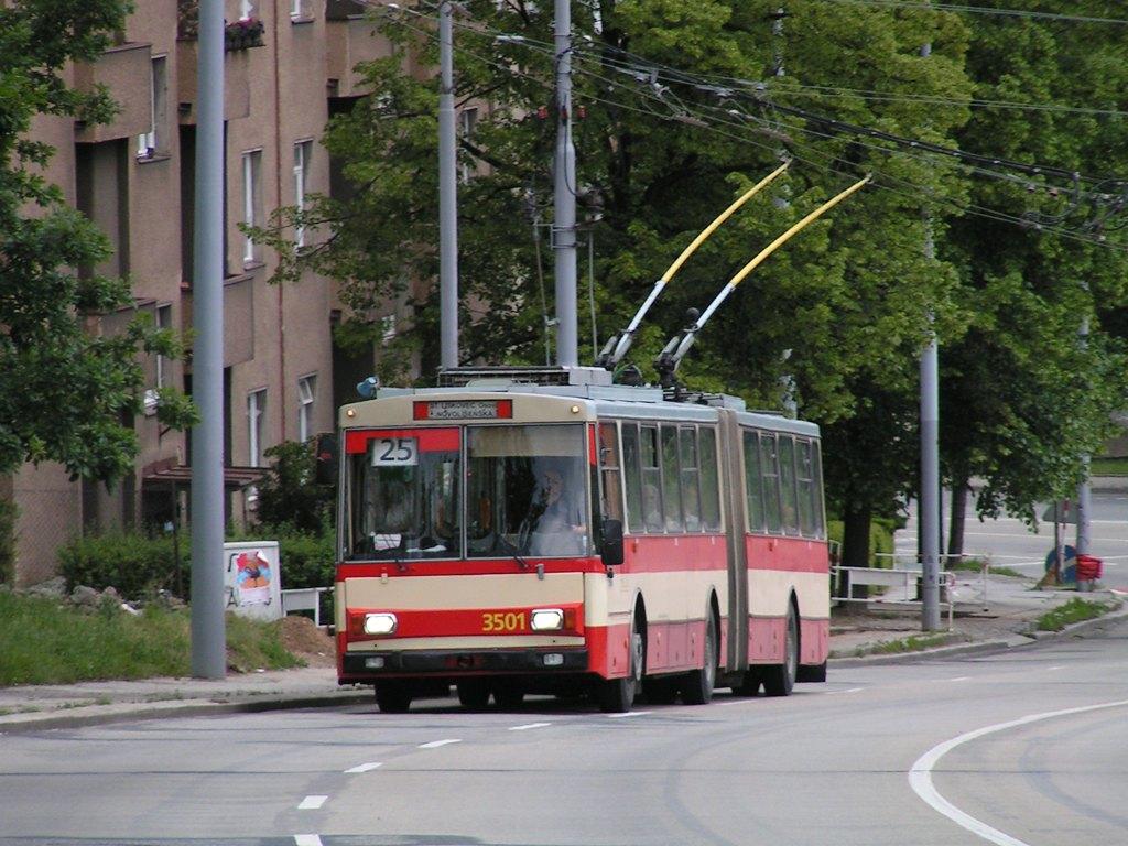 Fotogalerie » Škoda 15Tr02 3501 | Brno | Černá Pole | Drobného