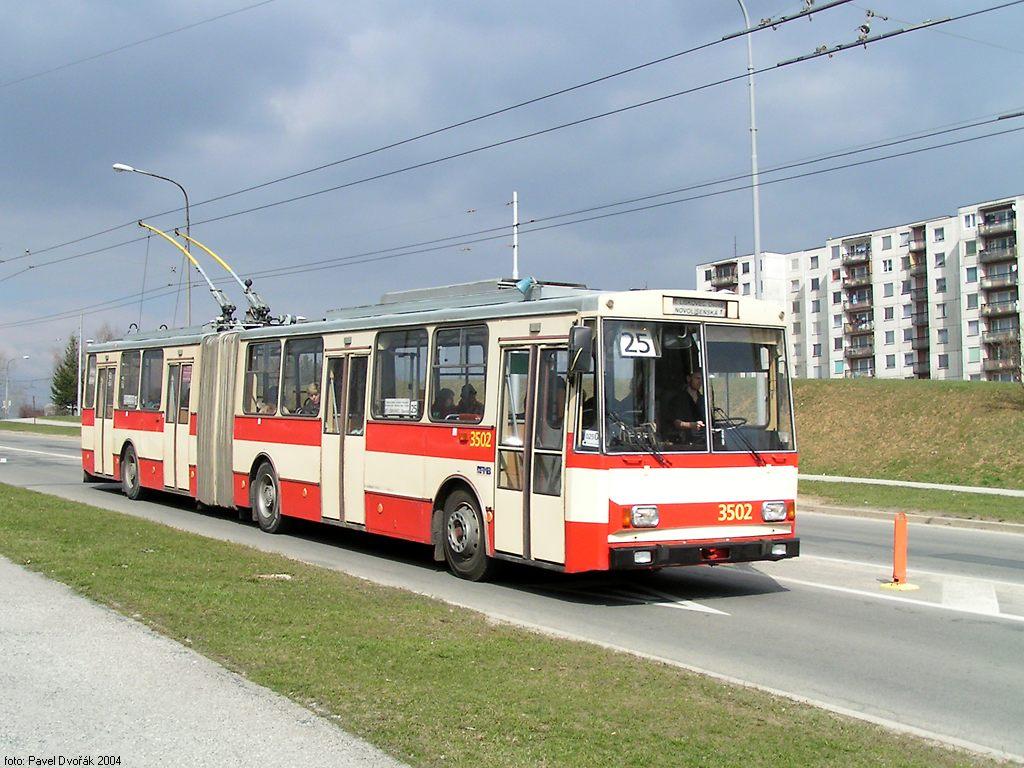 Fotogalerie » Škoda 15Tr02 3502 | Brno | Starý Lískovec | Osová