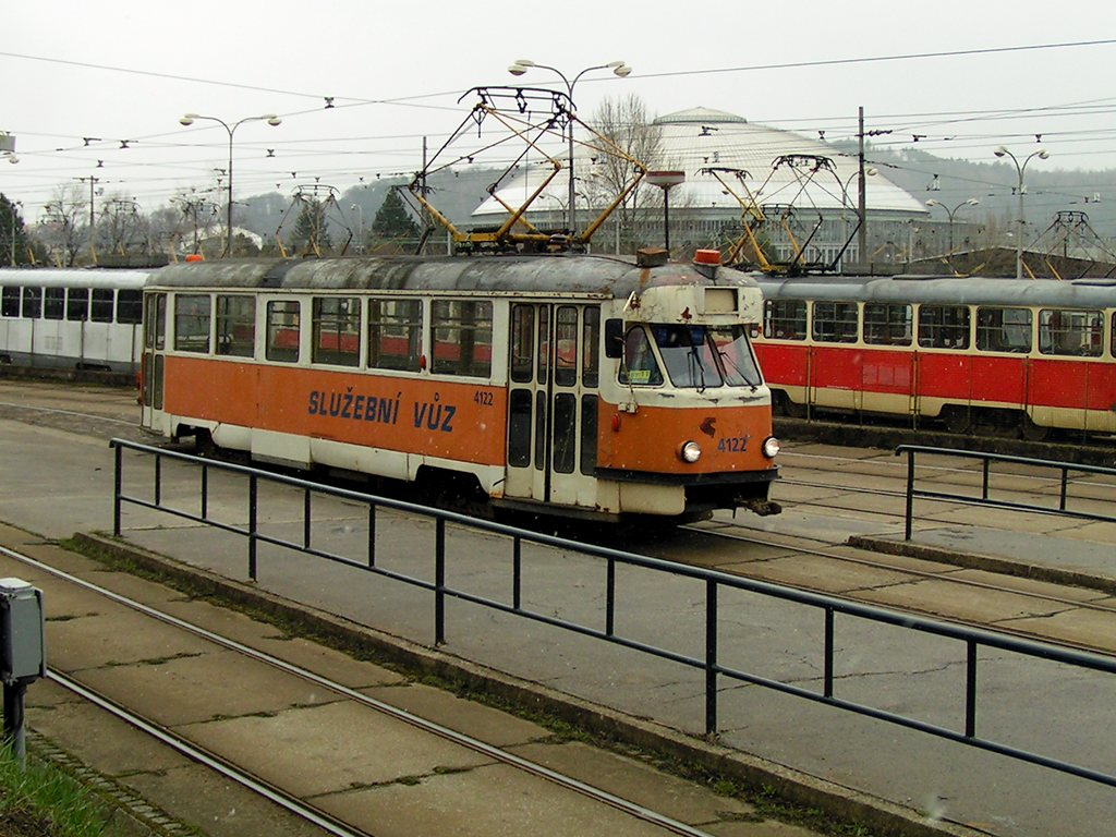 Fotogalerie » Tatra T2 služební 4122 | Brno | Pisárky | Pisárky, výstupní