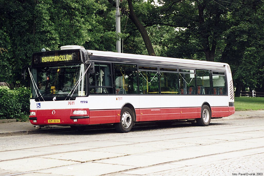 Fotogalerie » Irisbus Citybus 12M 2071.30 7611 | Brno | střed | Moravské náměstí