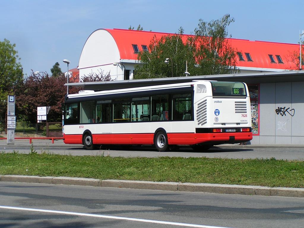 Fotogalerie » Irisbus Citybus 12M 2071.40 7628 | Brno | Lesná | Haškova