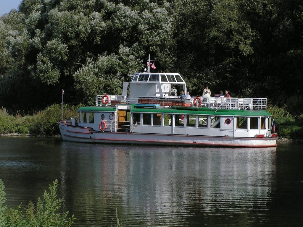 Fotogalerie » SBEPD Dallas 4805   Veverská Bítýška   Veverská Bítýška [loď]   Brněnská přehrada