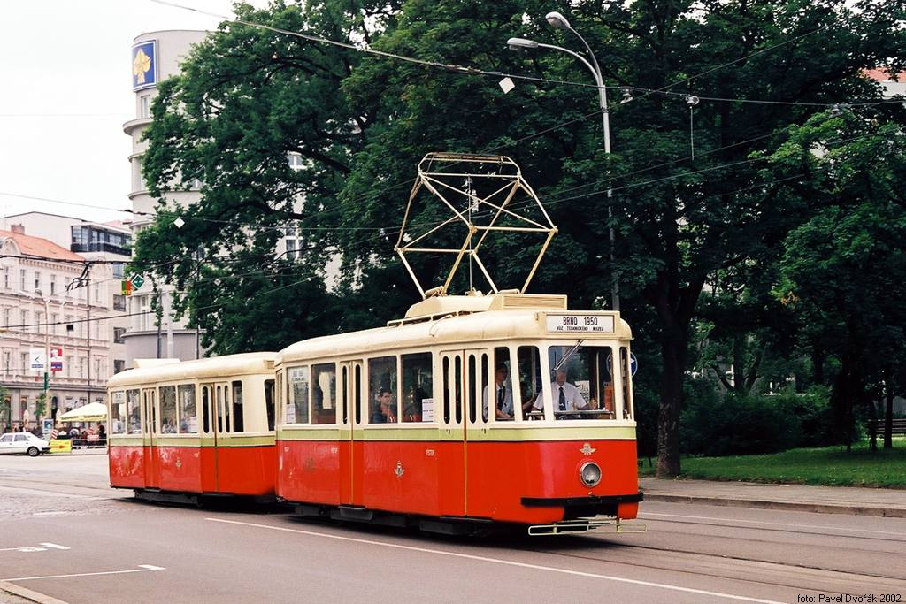 Fotogalerie » KPS Brno 4MT 126 | KPS Brno vv4 301 | Brno | střed | Moravské náměstí