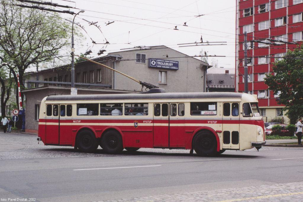 Fotogalerie » Tatra T400 19 | Ostrava | Vozovna DPO
