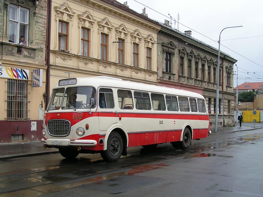 Fotogalerie » Škoda Škoda 706 RTO MTZ 202 | Brno | Husovice | Vranovská