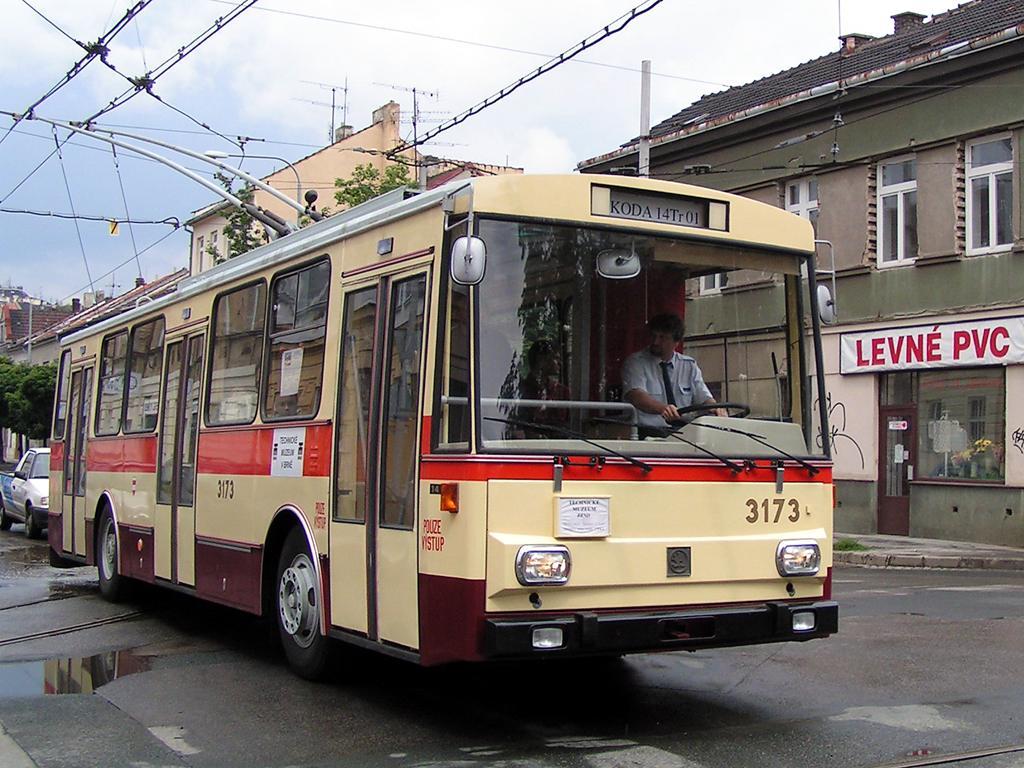 Fotogalerie » Škoda 14Tr01 3173 | Brno | Husovice | Svitavská