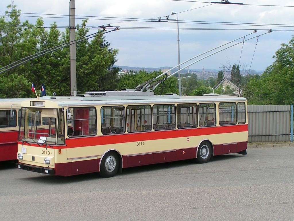 Fotogalerie » Škoda 14Tr01 3173 | Brno | Vozovna Slatina