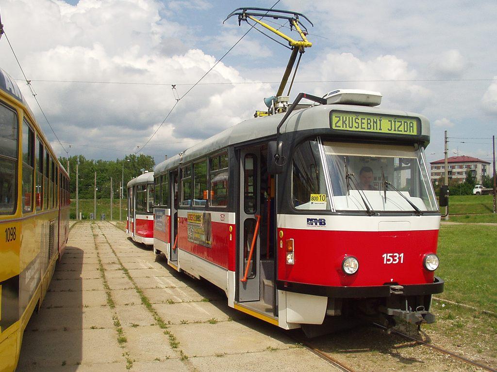 Fotogalerie » Pragoimex T3R.EV 1531 | Pragoimex VV60LF 1301 | Brno | Bystrc | Rakovecká, smyčka