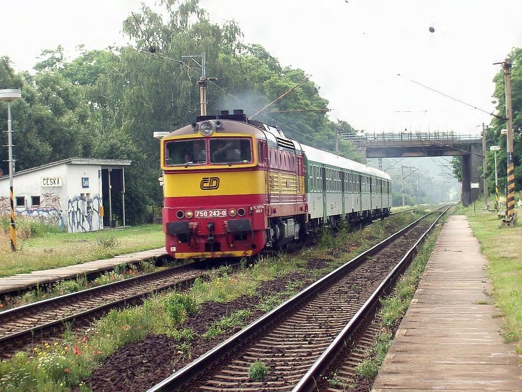 Fotogalerie » ČKD Tatra 750 750.243 | Česká | Česká
