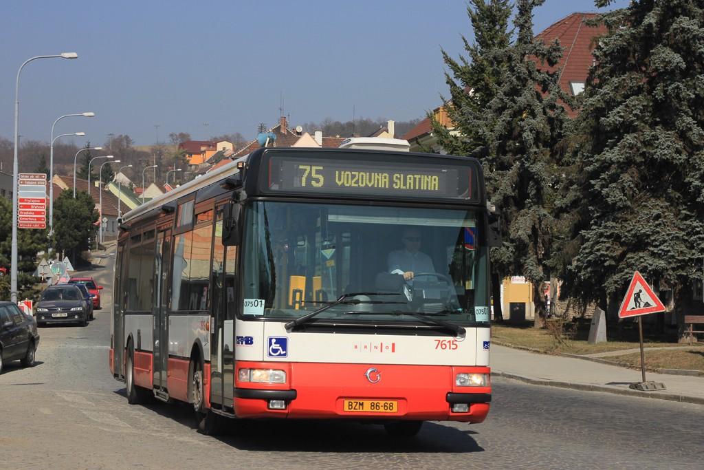 Fotogalerie » Irisbus Citybus 12M 2071.30 BZM 86-68 7615 | Brno | Obřany | Fryčajova