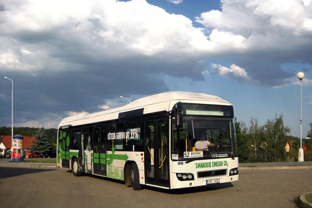 Fotogalerie » Volvo 7700LH 2SA 1435 2714   Brno   Bystrc   Přístavní   Přístaviště, smyčka