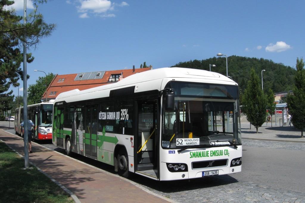 Fotogalerie » Volvo 7700LH 2SA 1435 2714 | Brno | Bystrc | náměstí 28. dubna | Zoologická zahrada, smyčka