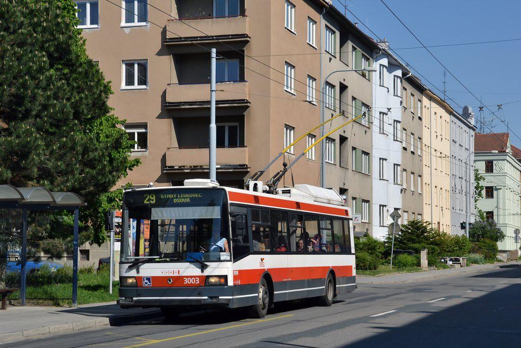 Fotogalerie » Škoda 21Tr 3003 | Brno | Žabovřesky | Zborovská | Spojovací