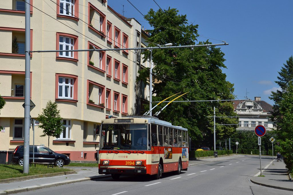 Fotogalerie » Škoda 14Tr07 3194 | Brno | Královo Pole | Charvatská