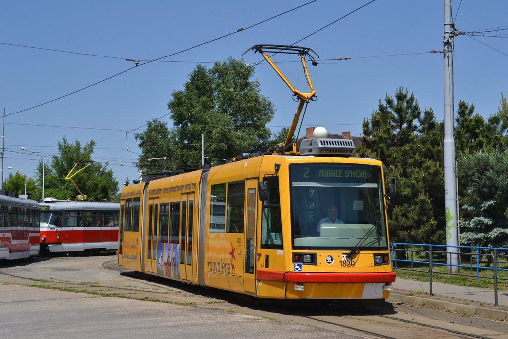 Fotogalerie » Škoda 03T7 1820 | Brno | Židenice | Stará Osada, smyčka