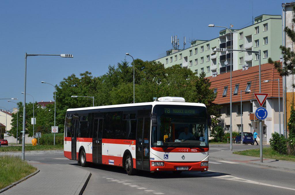 Fotogalerie » Irisbus Crossway LE 12M 7B3 3935 7825 | Brno | Židenice | Koperníkova