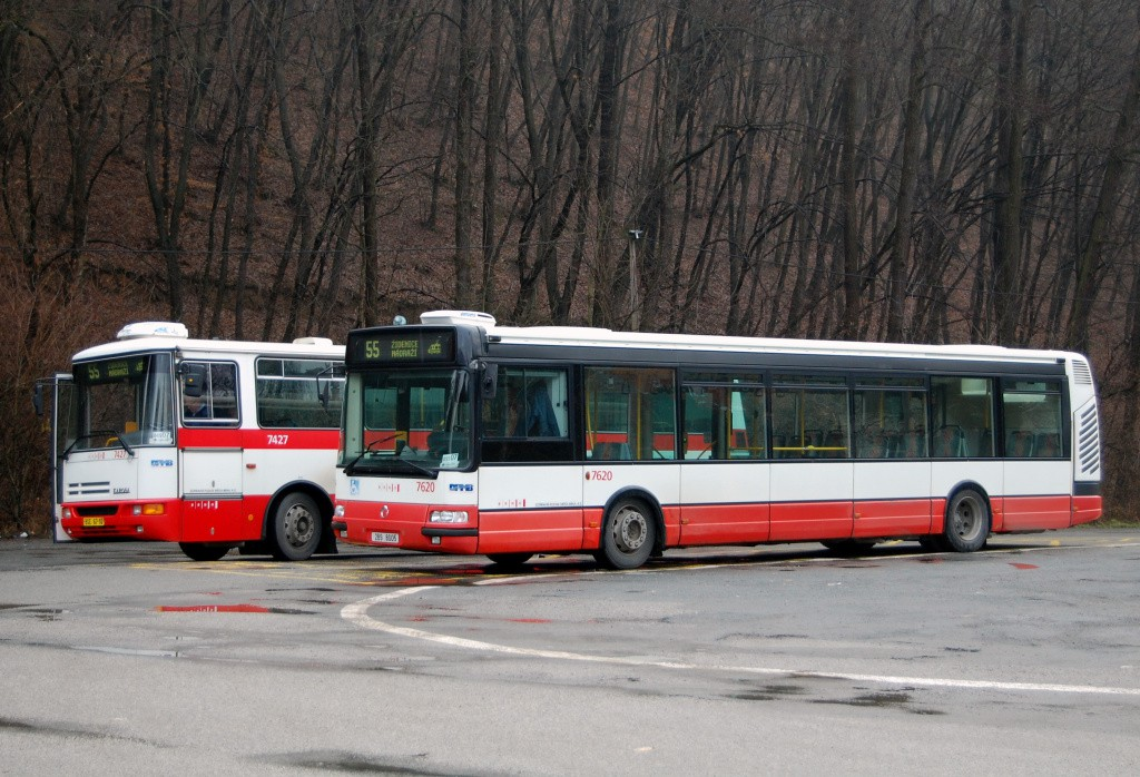 Fotogalerie » Karosa B931.1675 BSE 67-10 7427 | Irisbus Citybus 12M 2071.40 2B9 8005 7620 | Brno | Líšeň | Mariánské údolí