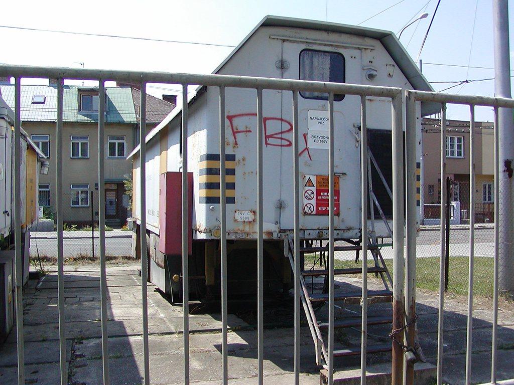 Fotogalerie » ? pojízdná měnírna 5588 | Brno | Žabovřesky | Měnírna Přívrat