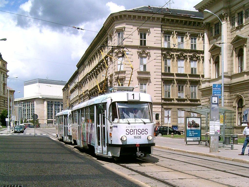 Fotogalerie » ČKD Tatra T3G 1608 | ČKD Tatra T3G 1606 | Brno | střed | Rooseveltova | Malinovského náměstí