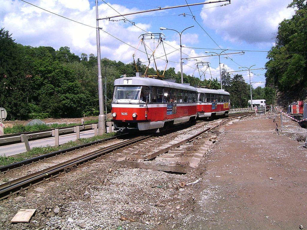 Fotogalerie » ČKD Tatra T3G 1635 | ČKD Tatra T3G 1636 | Brno | Pisárky | Žabovřeská
