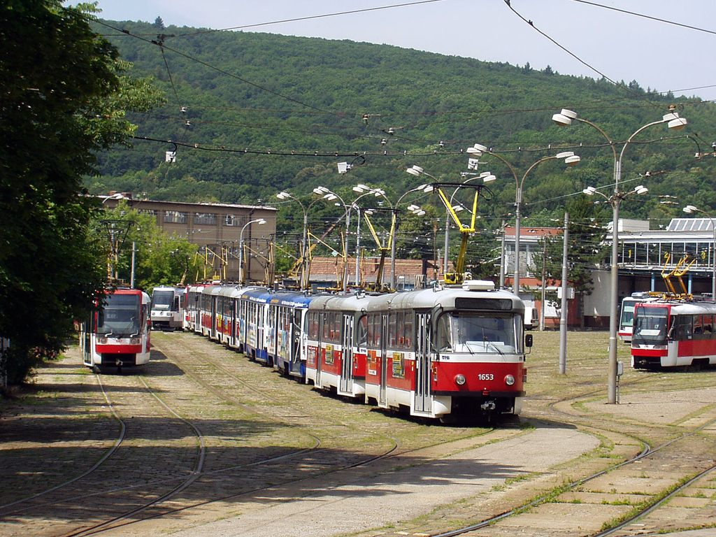 Fotogalerie » Pragoimex T3R.PV 1653 | Pragoimex T3R.PV 1654 | Brno | vozovna Pisárky