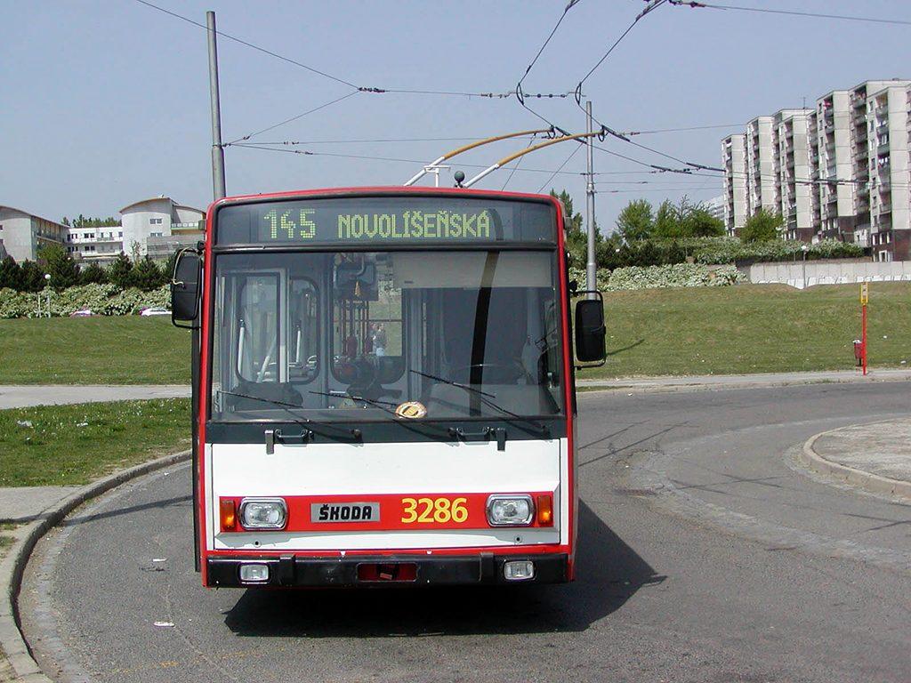 Fotogalerie » Škoda 14Tr17/6M 3286 | Brno | Starý Lískovec | Osová, smyčka