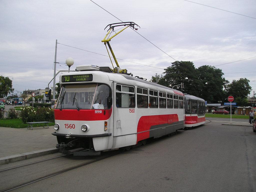 Fotogalerie » Pragoimex T3R.EV 1560 | Pragoimex VV60LF 1301 | Brno | Staré Brno | Nádražní | Nové sady, smyčka