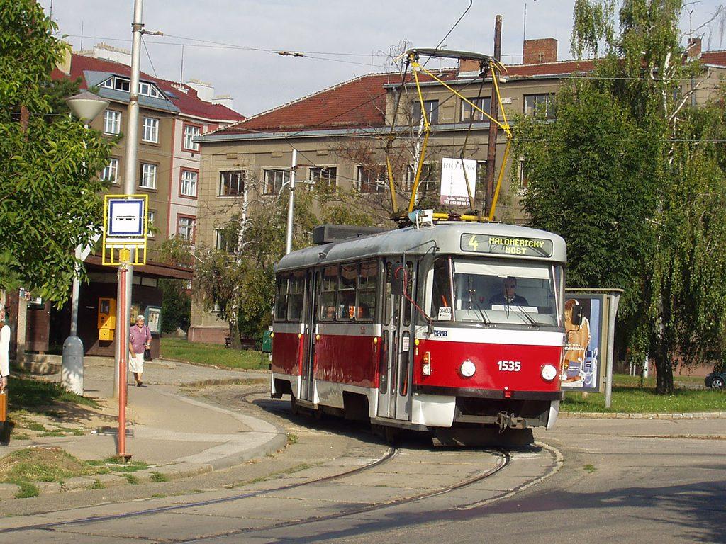 Fotogalerie » ČKD Tatra T3M 1535 | Brno | Masarykova čtvrť | Náměstí míru | Náměstí Míru, smyčka