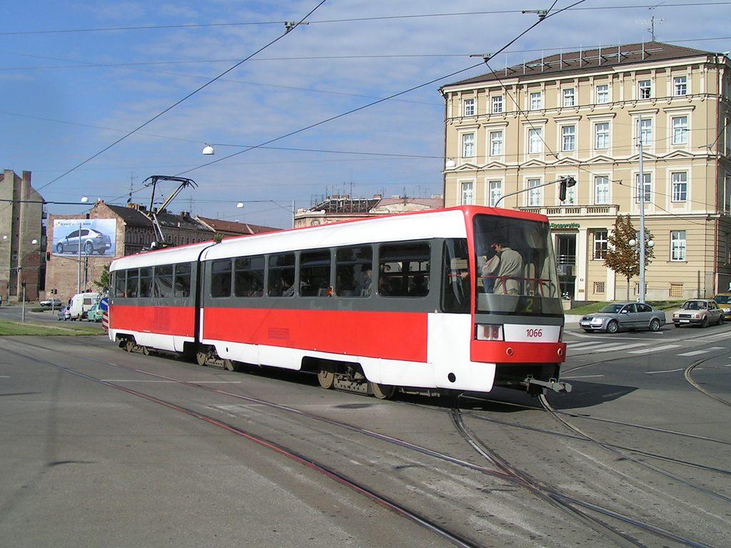 Fotogalerie » ČKD Tatra K2R 1066 | Brno | střed | Nové sady