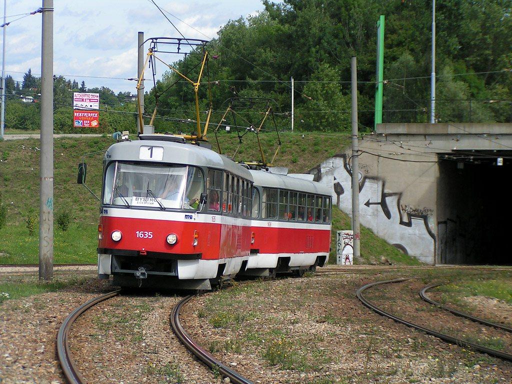 Fotogalerie » ČKD Tatra T3G 1635 | ČKD Tatra T3G 1636 | Brno | Bystrc | Rakovecká