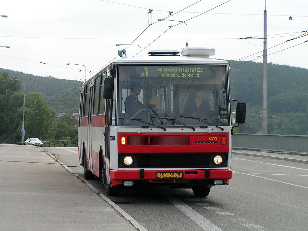 Fotogalerie » Karosa B731.1669 7411 | Brno | Komín | Veslařská | Vozovna Komín