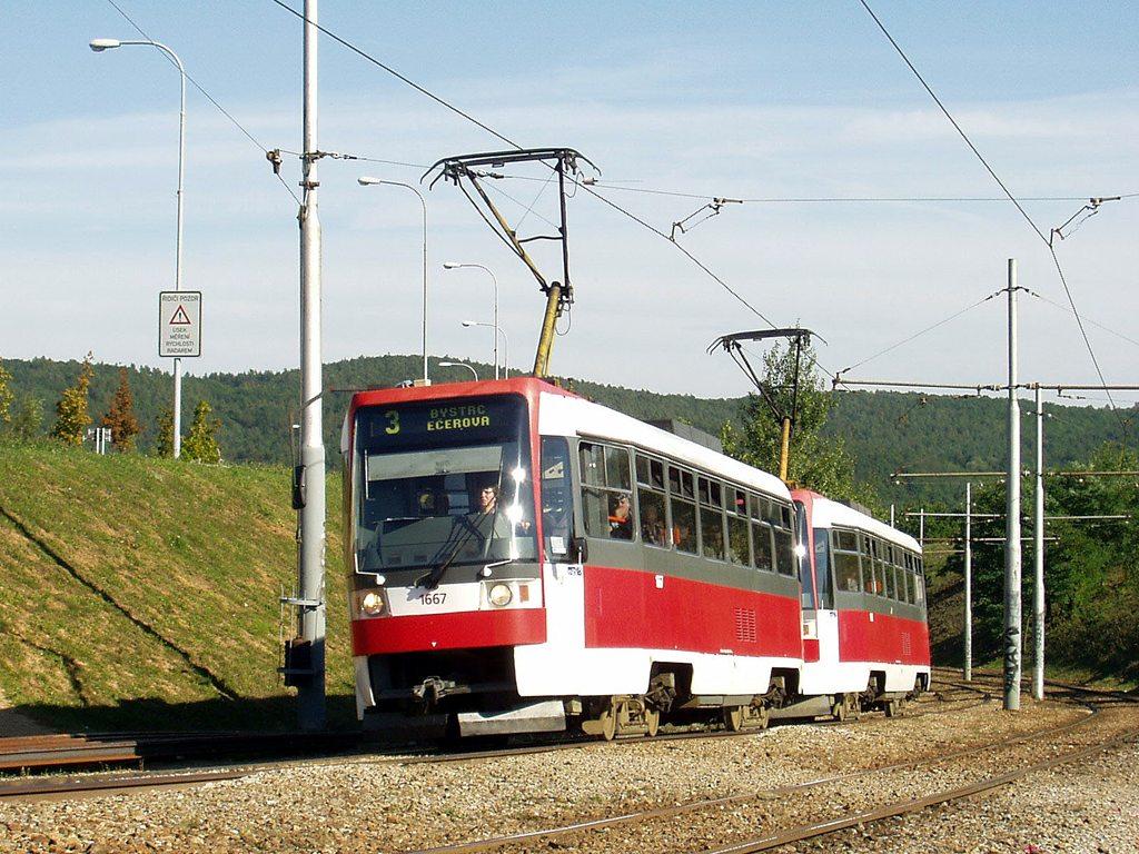 Fotogalerie » ČKD DS T3R 1667 | ČKD DS T3R 1668 | Brno | Bystrc | Vejrostova