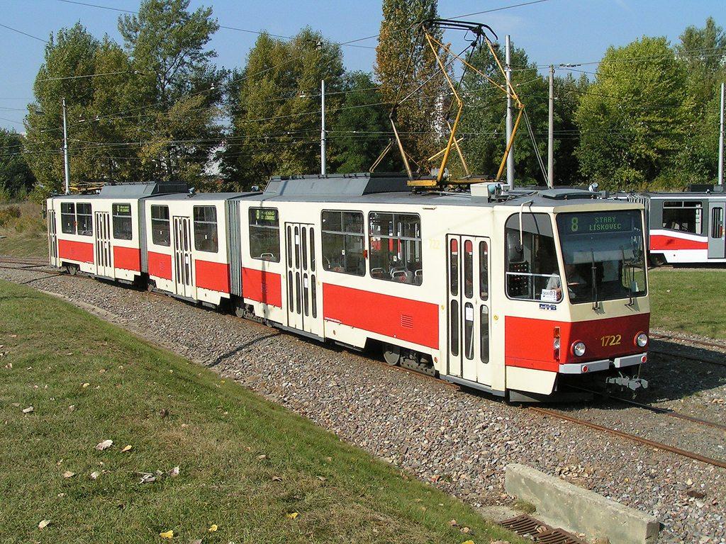 Fotogalerie » ČKD Tatra KT8D5 1722 | Brno | Líšeň | Novolíšeňská, smyčka