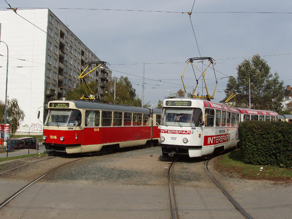Fotogalerie » ČKD Tatra K2P 1046   ČKD Tatra K2YU 1127   Brno   Židenice   Stará Osada, smyčka