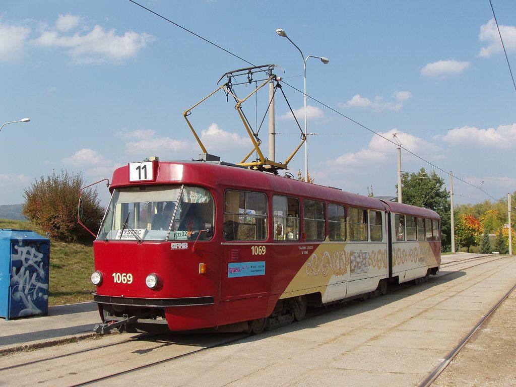 Fotogalerie » ČKD Tatra K2 1069 | Brno | Bystrc | Rakovecká | Rakovecká, smyčka