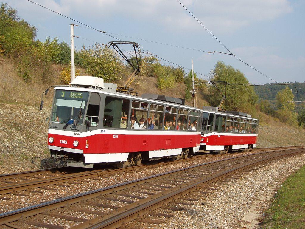 Fotogalerie » ČKD DS T6A5 1205 | ČKD DS T6A5 1206 | Brno | Bystrc | Obvodová