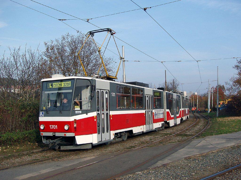 Fotogalerie » ČKD Tatra KT8D5R.N2 1701 | Brno | Žabovřesky | Kníničská