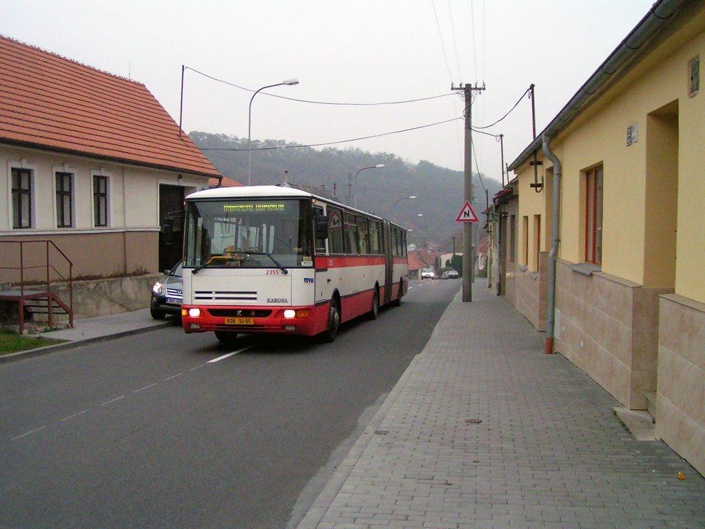 Fotogalerie » Karosa B941E.1962 2355 | Brno | Líšeň | Ondráčkova