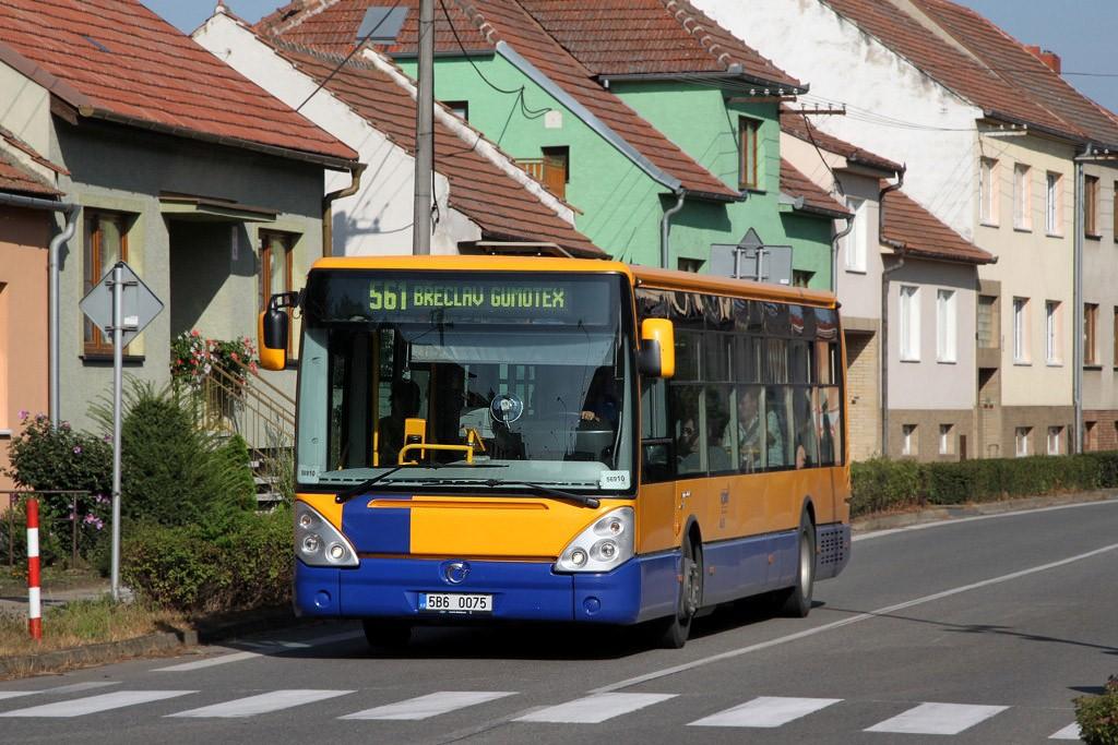 Fotogalerie » Irisbus Citelis 12M 5B6 0075 | Břeclav | Poštorná | Hlavní | Poštorná, Hlavní - na konci