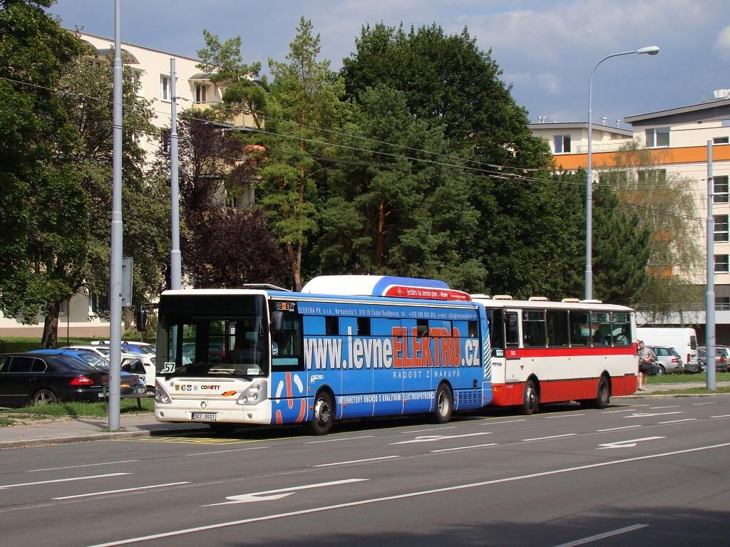 Fotogalerie » Irisbus Citelis 12M CNG 5C7 0031 2715   Karosa B931E.1707 BSE 94-71 7456   Brno   Černá Pole   Provazníkova   Merhautova